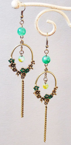 Plum Flower Ring Earrings (Green)