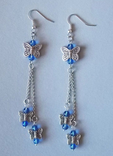 Butterflies with chain (blue)