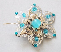 Silver metal flower hairclip